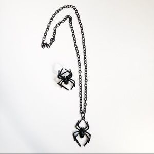 Hot Topic | Spider Necklace & Ring Set